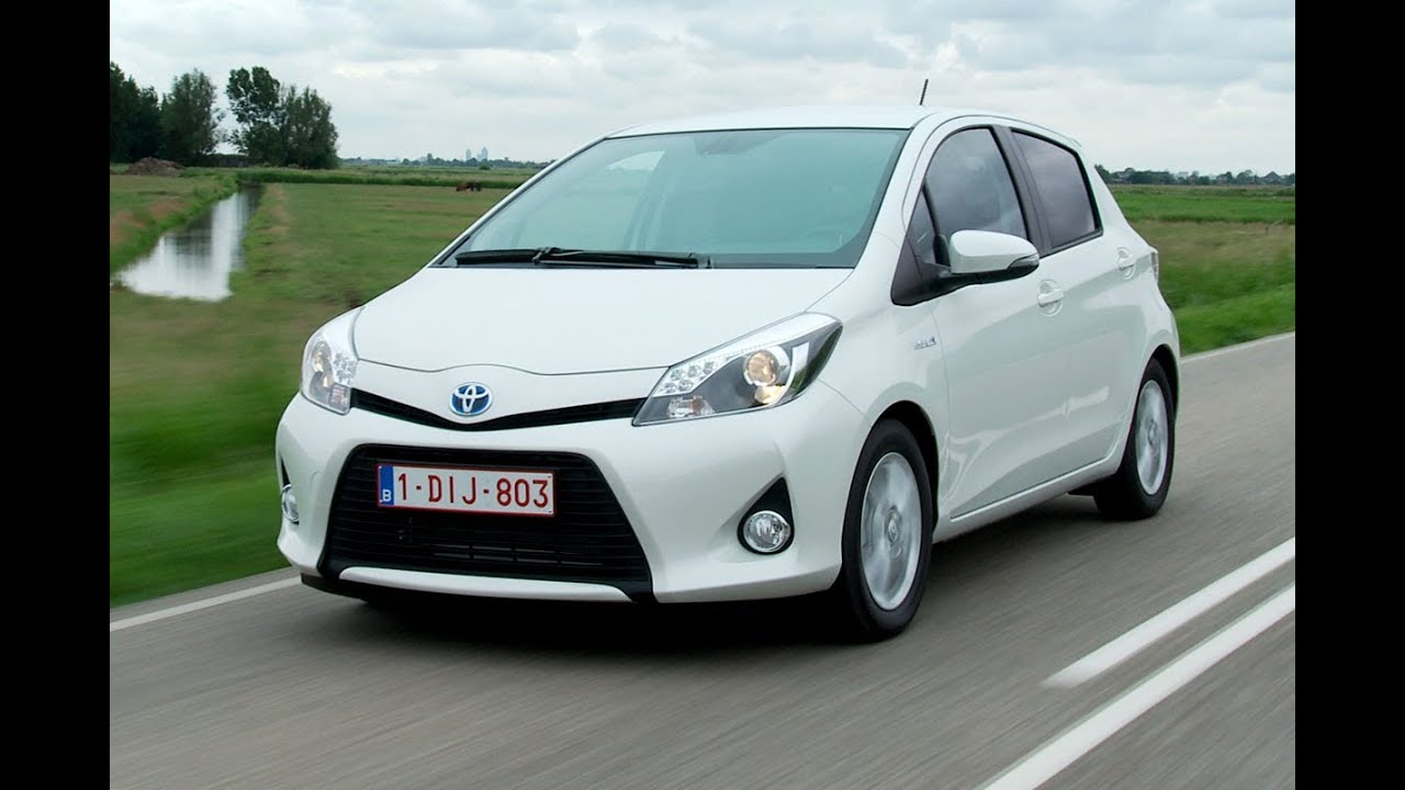 toyota yaris hybrid roadtest english subtitled youtube. Black Bedroom Furniture Sets. Home Design Ideas