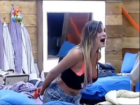 Andressa Urach briga com Bárbara e Mateus -- A Fazenda 6