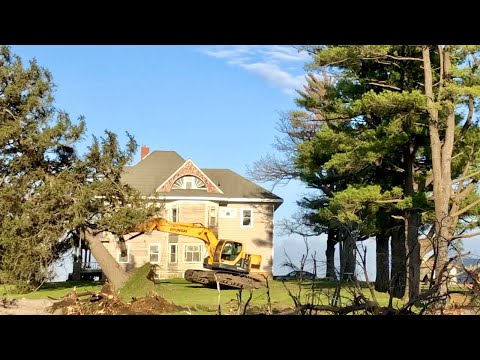 landscaping-a-1917-farm-mansion