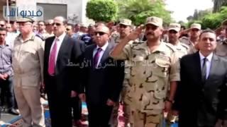 بالفيديو : محافظ المنوفية يضع إكليل من الزهور على النصب التذكارى احتفالا بذكرى اكتوبرp7