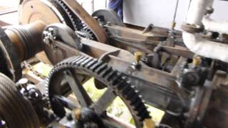 Repeat youtube video Bucyrus 65 ton rail mounted steam shovel - Part 1/2 overview and preparation
