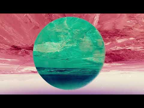 Youtube: Al'tarba – She Makes Me Feel (Official Video)
