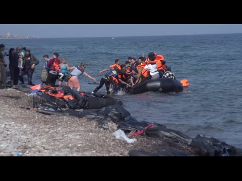 Refugees Continue Flocking to Greek Island amid General Election