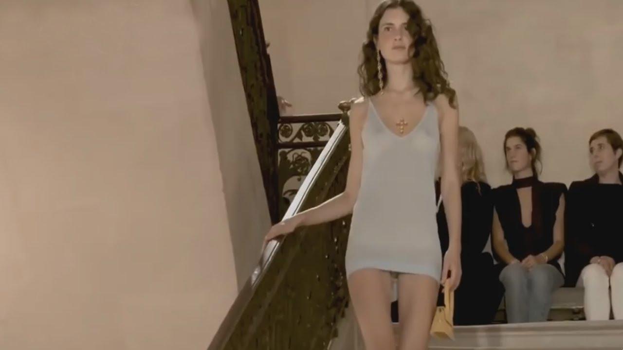 Download Fashion Show: Fashion No Bra 08