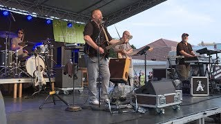 Ismerős Arcok koncert Lentiben (Interjú Nyerges Attilával) • 2019