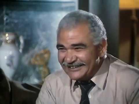 لحظة إعتراف عبدة القماش بأنه تاجر مخدرات فيلم النمر والأنثى