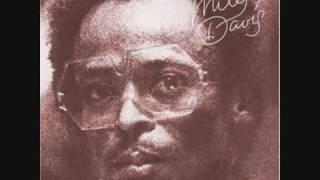 Honky Tonk - Miles Davis