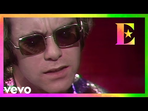 Elton John - Tiny Dancer (Live On Old Grey Whistle Test)
