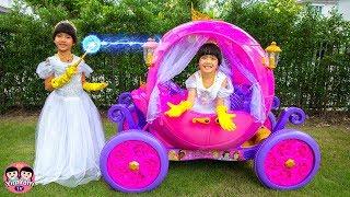 หนูยิ้มหนูแย้ม   รถเจ้าหญิงไปงานปาร์ตี้ Pretend Play with Disney Princess Carriage Ride On Toy