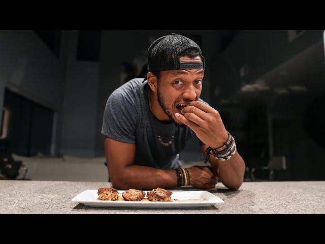#MenWhoCook Cornbread Crab Cake Recipe!
