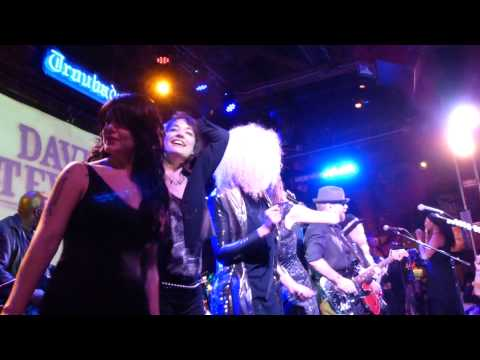 """Dave Stewart and Friends at the Troubadour 2013, """"Sweet Dreams"""" encore"""