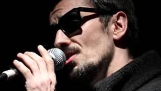 Que Me Importa Del Mundo, Carlos Casella, Canciones de Mujer
