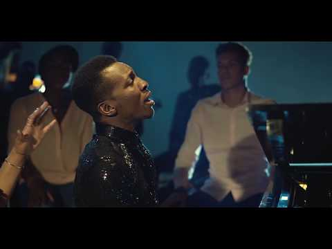 Frank Edwards - Here To Sing Feat. Chee (Official Video)