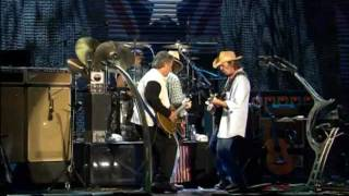 Neil Young And Crazy Horse Hey Hey, My My Into The Black - Live at Farm Aid 2003.mp3