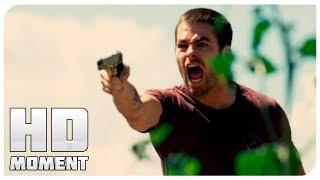 Брайан застрелил людей за бензин - Носители (2009) - Момент из фильма