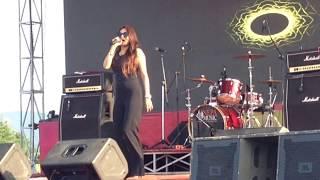 Chaubandi choli Indira Joshi Pokhara concert (ncell mela)