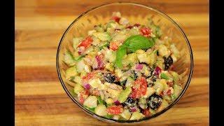 Zapętlaj Tomato,Cucumber and Avocado Salad - healthy homemade salad - how to make a salad - vegetarian | Healthy Recipe Channel