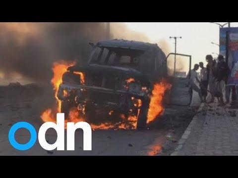 Yemen Crisis: Air strikes continue