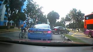 سنغافورة سيارات الأجرة إنشاء مزدوجة U-Turn