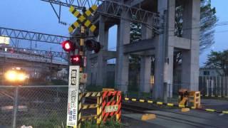 福島駅を出発する719系電車〜719 series train leaving Fukushima station