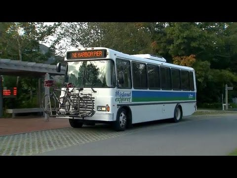 Propane Buses Shuttle Visitors in Maine