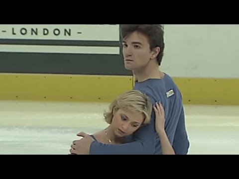 [HD] Elena Berezhnaya and Anton Sikharulidze - Lady Caliph - 2001 Cup of Russia SP