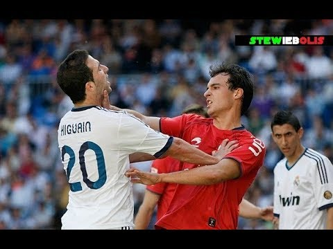 Gonzalo Higuain ⚽ Best Fights & Angry Moments Ever! ⚽ HD 1080i #Higuain #Juventus
