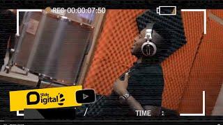 FULL VIDEO: HATUFANANI STUDIO ILIVYOKUWA na JUX, MR BLUE | Sms 8522166 kwenda 15577 VODACOM TZ