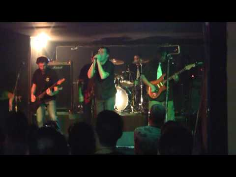 Los Miyagi: Parallel Universe Red hot Chili Peppers. Bar de Juan, Vigo