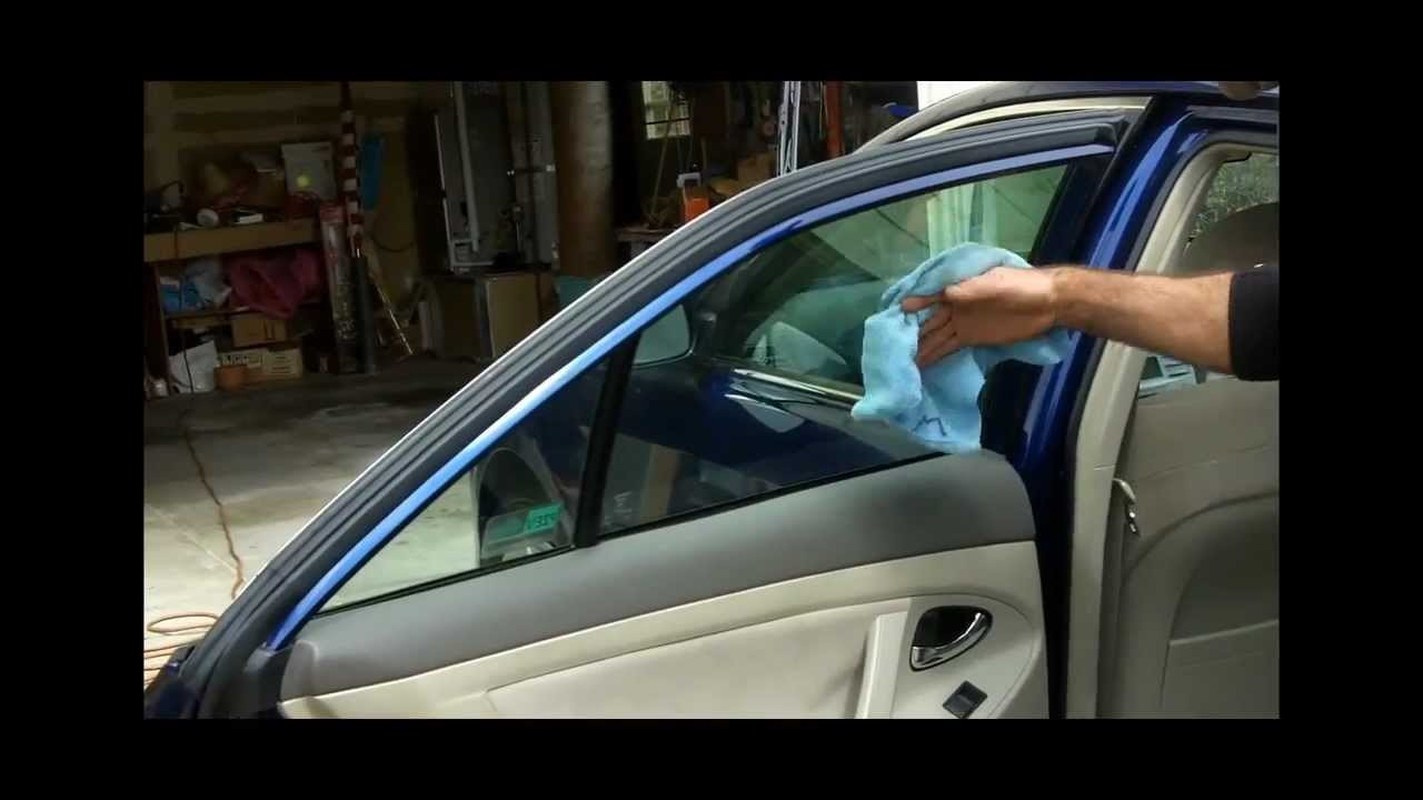 best way to clean interior car windshield