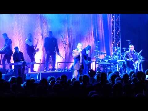 UB40 - Blue eyes crying in the rain live@Winterbach 6.12.2014