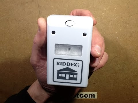 VERY dubious knock-off Riddex rodent repeller.  (with schematic)