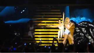 [High Quality] Kylie Minogue - Especially for you / Locomotion (Live Manila 2011)