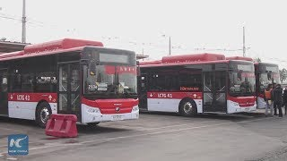Chinese made electric buses greatly improve travel in Santiago