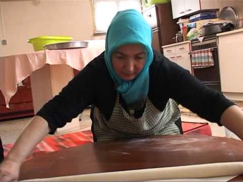 Cuisine turque les mantis youtube for Cuisine turque