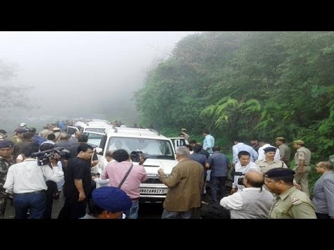 President Mukherjee's escort car meets with accident in Darjeeling
