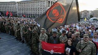 Ukraine : Pravy Sektor défie le gouvernement et Petro Porochenko