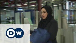 Назад в Ирак: некоторым беженцам надоела Германия(Все больше иракских беженцев добровольно возвращаются на родину. Преодолев все трудности далекого пути,..., 2016-02-09T18:17:30.000Z)