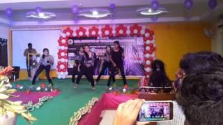 Hip hopper mujhe pyar toh kar- chull- manma emotion jaage- paani wala dance