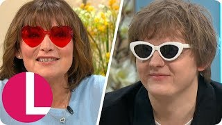 Lewis Capaldi Chats About One Direction's Niall Horan Sliding Into His Instagram DMs | Lorraine Video
