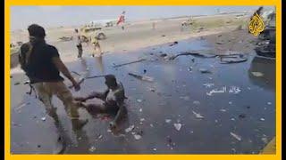 سقوط قذائف هاون وإطلاق نار بمطار عدن لحظة نزول وفد الحكومة اليمنية من الطائرة