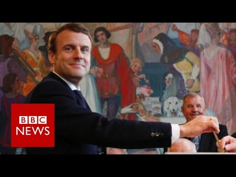 French election: Macron 'defeats Le Pen to become president' - BBC News