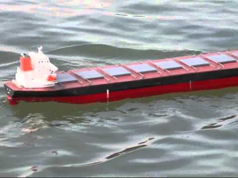 RC bulk carrier