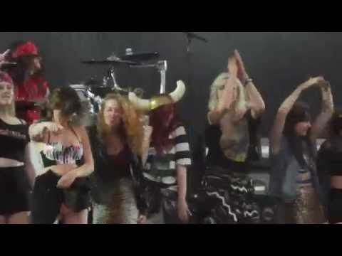 Steel Panther - 17 Girls in a Row/Death to All but Metal - Donington, June 15, 2014