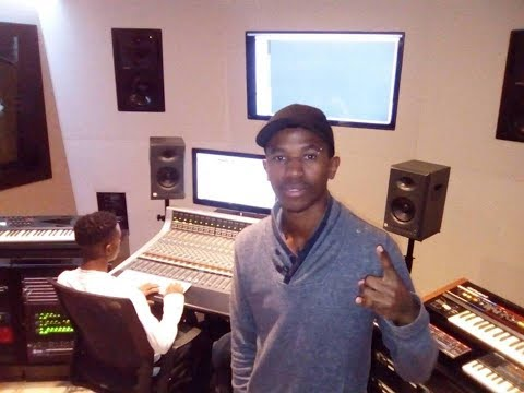 LLoydness at Red Bull Studio (Recording Session)