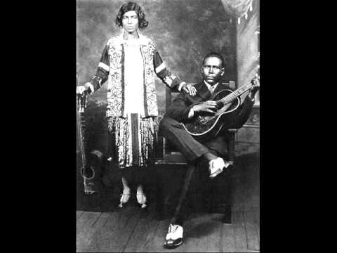 Kansas Joe McCoy - Evil Devil Woman Blues
