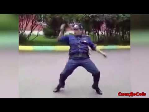 ТАНЦУЮЩИЕ ГАИШНИКИ Подборка СУПЕР DANCING TRAFFIC COPS