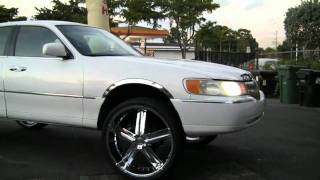 LINCOLN TOWN CAR on 26's- MLK Weekend MIAMI 2011 Series