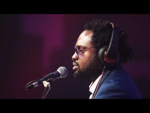 VIDEO: Cobhams Asuquo – 'Angels All Around' (Live Performance)
