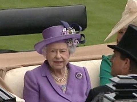 Queen Elizabeth II makes history at Royal Ascot races